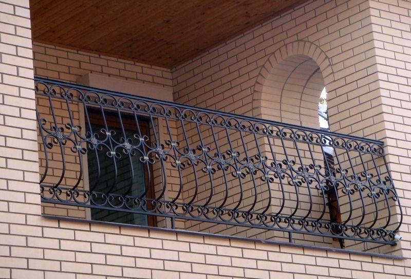 Металлические перила ограждения для балкона москва.
