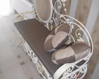 Кованые банкетки и обувницы