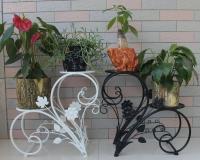 Кованые цветочницы