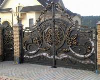 Эффектный внешний вид. Во все времена таких ворот были достойны только самые лучшие дома.Это ваш дом!