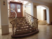 Кованые входные лестницы