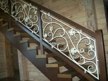 Кованые перила для лестниц цена